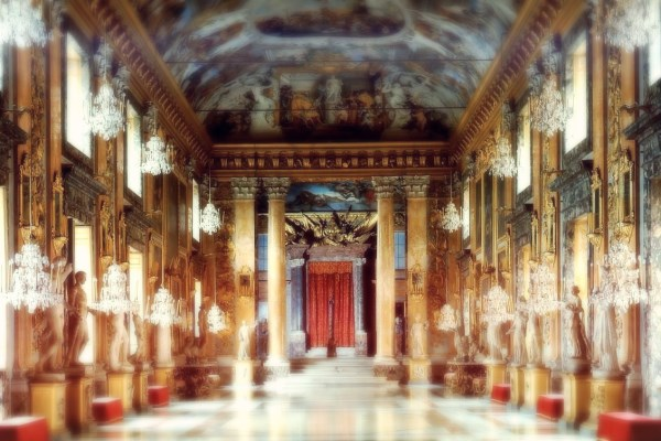 Palazzo Colonna im. (600 x 400)